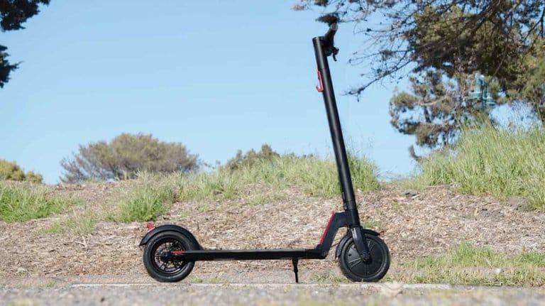 Best Scooter Under $300 - GoTrax GXL Commuter V2